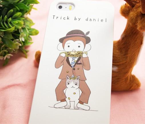 さるのダニエルがとうもろこしを食べているiPhoneケース
