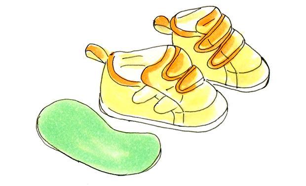 はしもとクリニック経堂さま 幼児用靴とインソールのイラスト